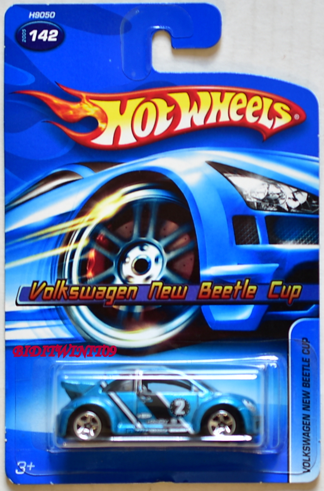 HOT WHEELS 2005 VOLKSWAGEN NEW BEETLE CUP #142 W/ 5 SP WHEELS BLUE - Click Image to Close