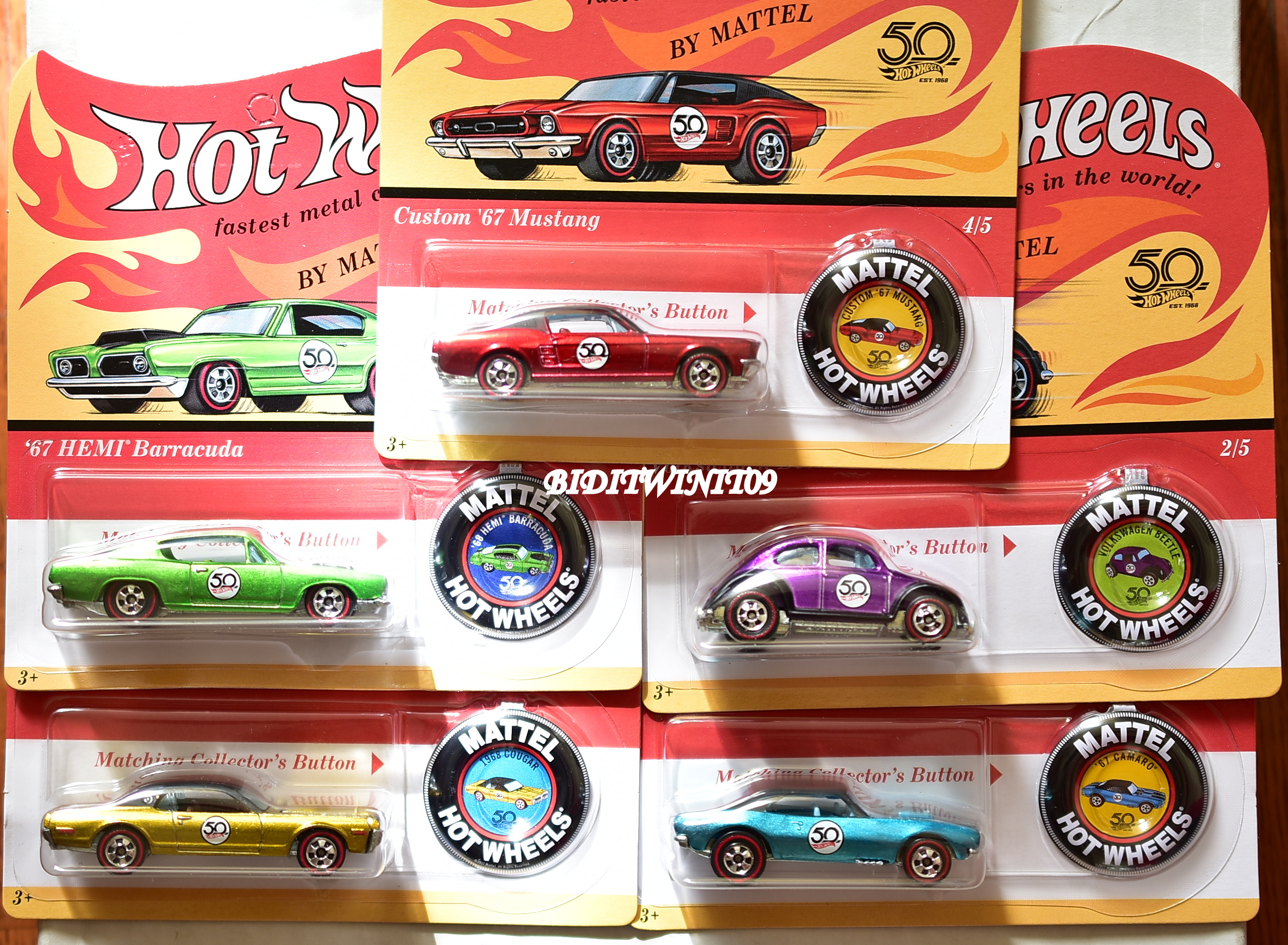 HOT WHEELS 2018 50TH ANNIVERSARY W REDLINE BUTTON SET OF 5 '67 CAMARO VW BEETLE