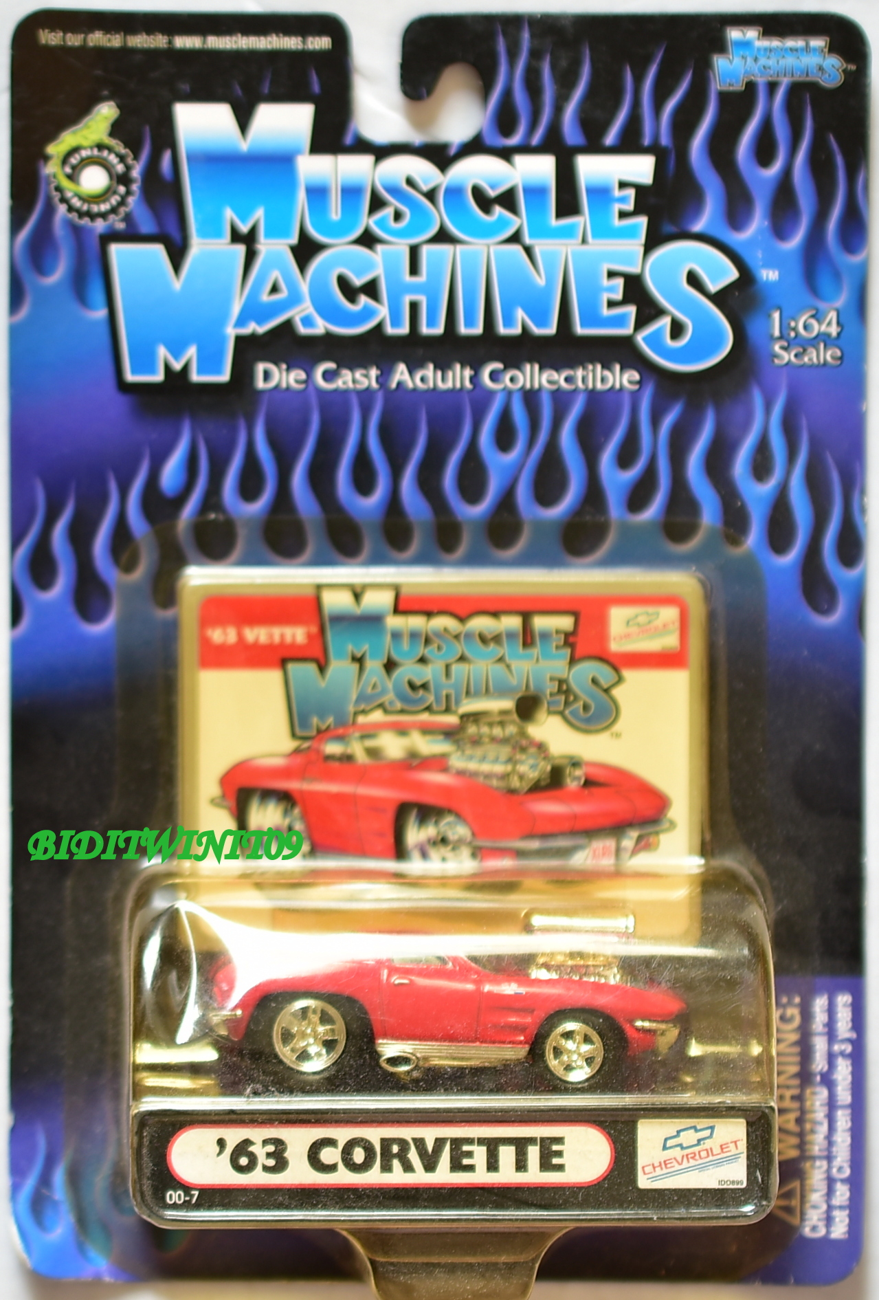 MUSCLE MACHINES '63 CORVETTE RED 1:64 SCALE E+