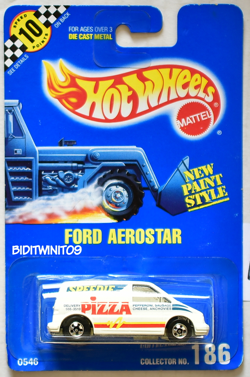 HOT WHEELS 1990 BLUE CARD FORD AEROSTAR #186 WHITE 16