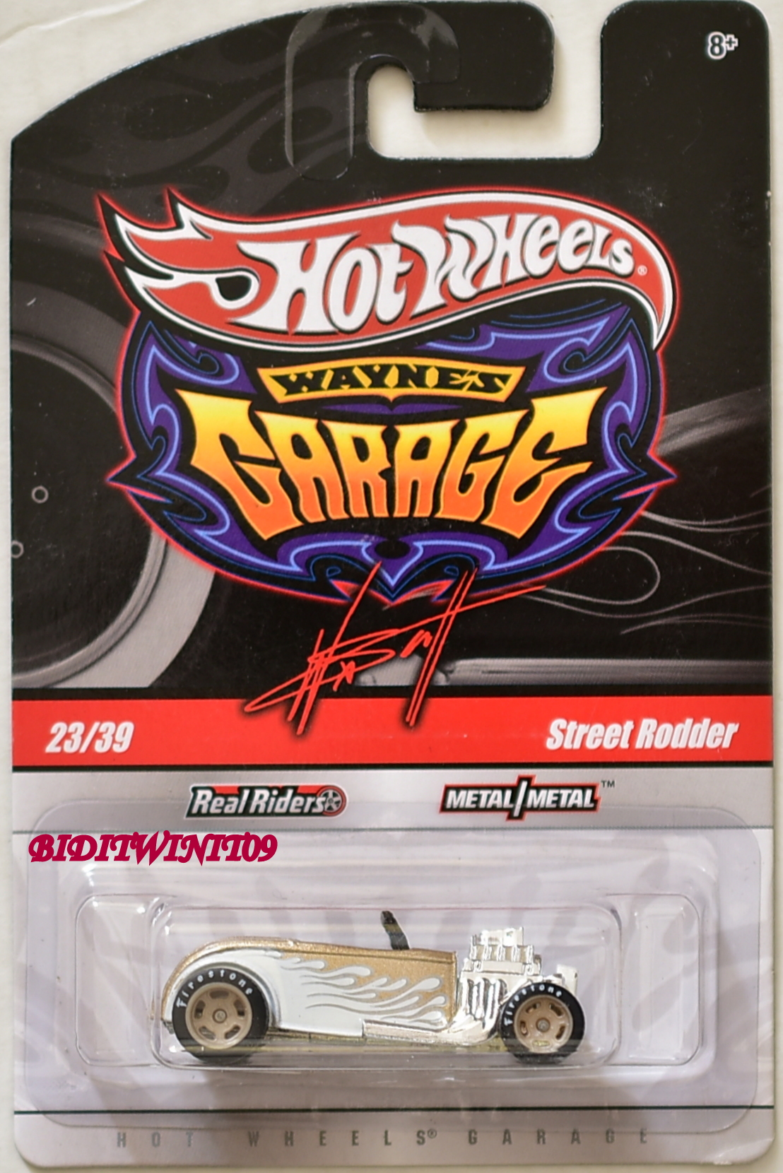 HOT WHEELS WAYNE'S GARAGE STREET RODDER #23/39 WHITE