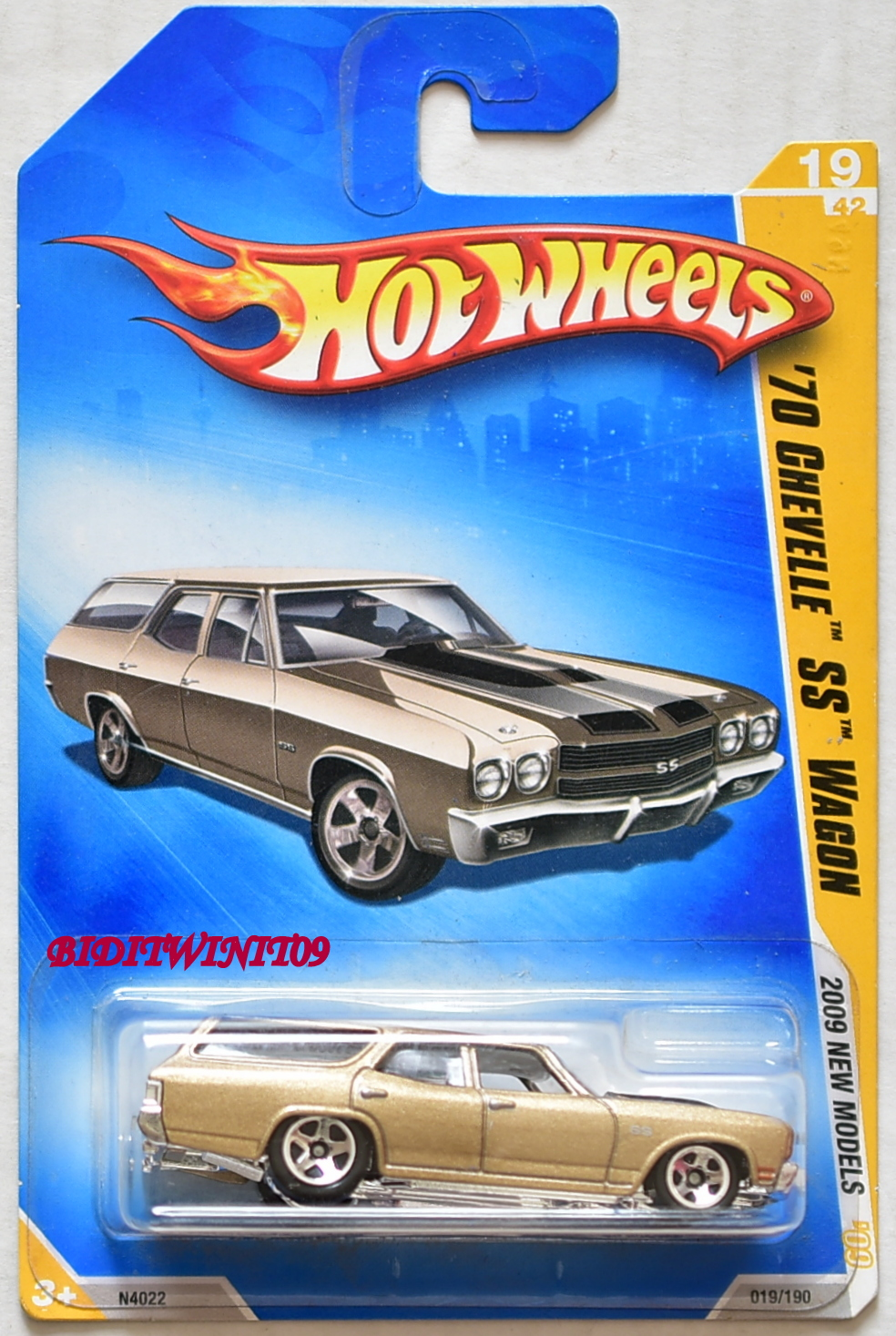 HOT WHEELS 2009 NEW MODELS '70 CHEVELLE SS WAGON