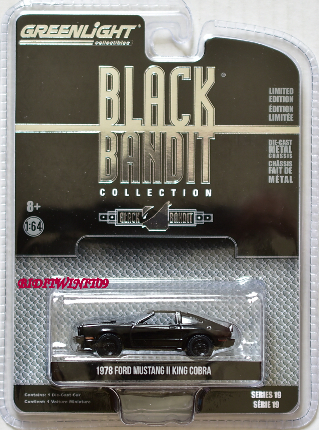 GREENLIGHT 2018 BLACK BANDIT SERIES 19 1978 FORD MUSTANG II KING COBRA