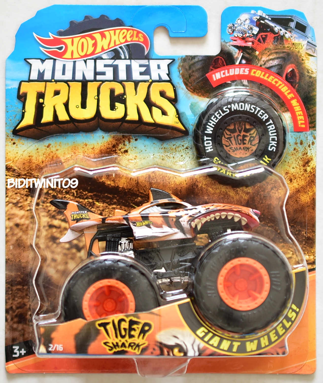 HOT WHEELS 2018 MONSTER TRUCKS GIANT WHEELS TIGER SHARK #2/16