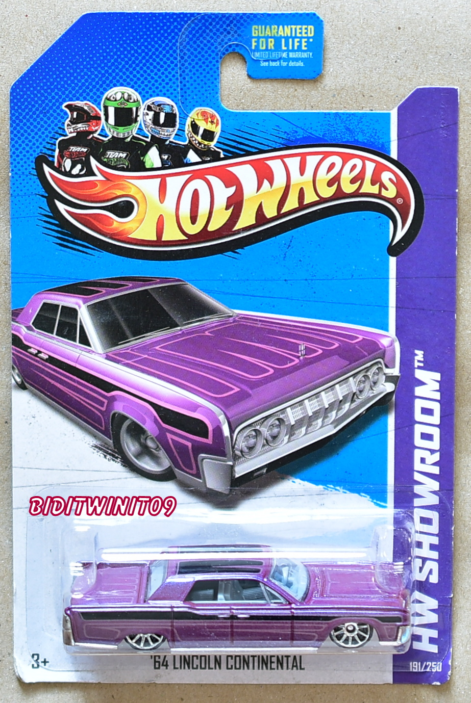 HOT WHEELS 2013 HW GARAGE '64 LINCOLN CONTINENTAL PURPLE