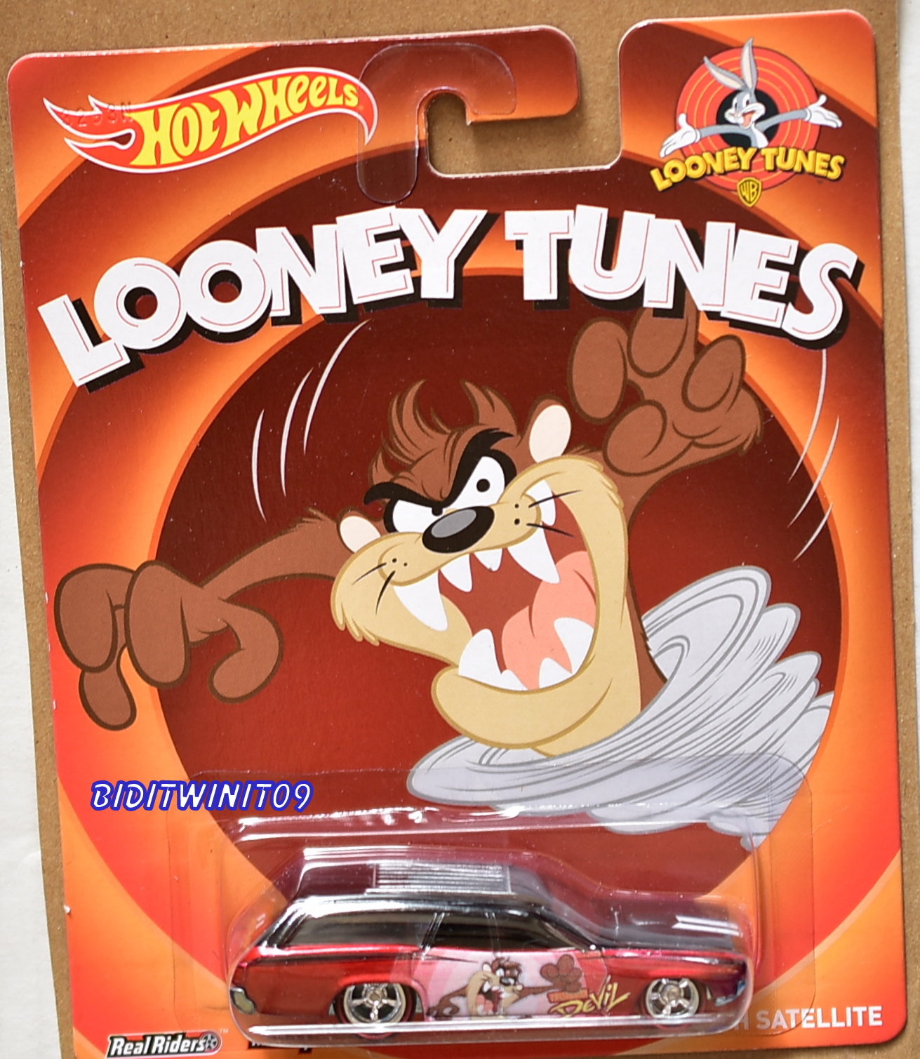 HOT WHEELS POP CULTURE LOONEY TUNES '71 PLYMOUTH SATELLITE E+