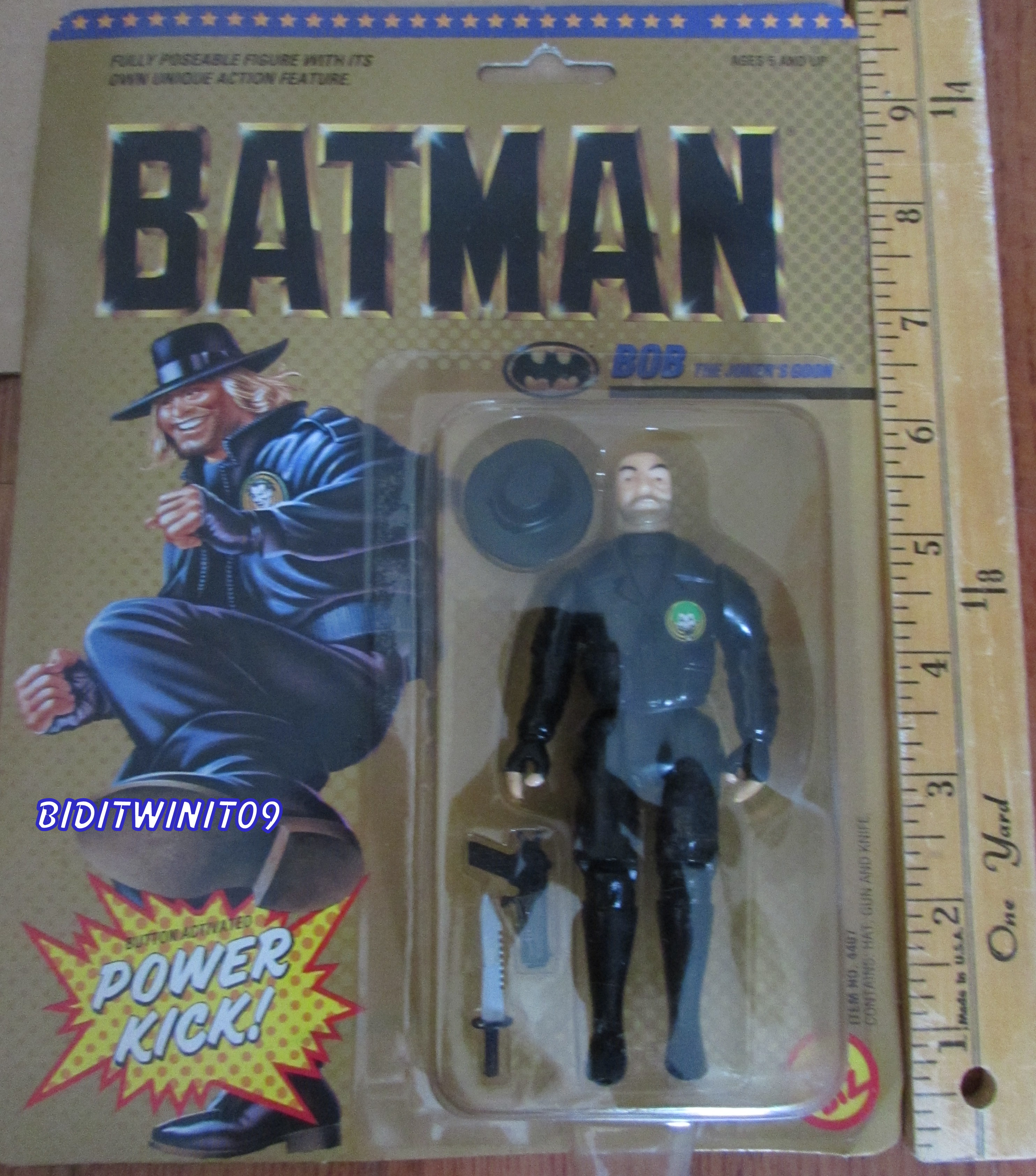 1989 TOYBIZ BATMAN SERIES BOB THE JOCKER'S GOON FIGURE WITH POWER KICK E+