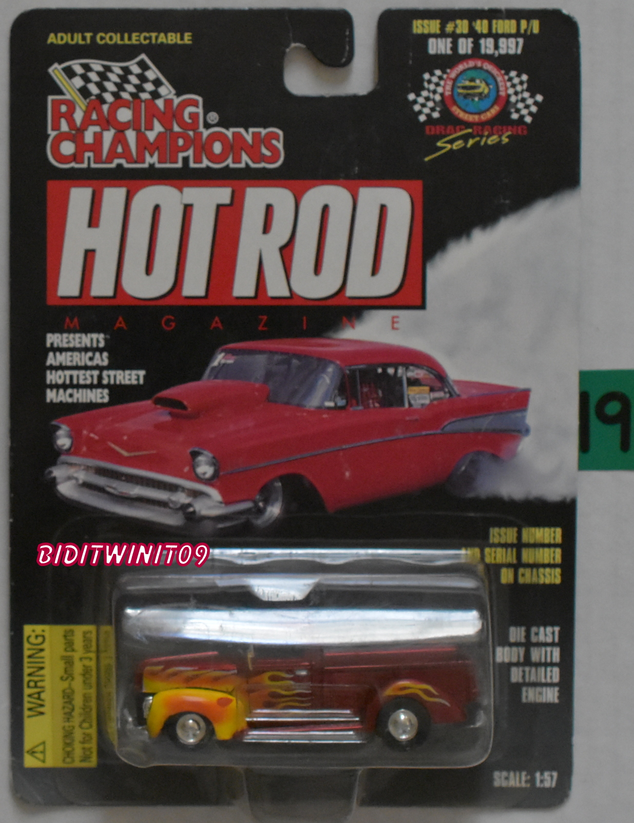 RACING CHAMPIONS HOT ROD MAGAZINE ISSUE #30 '40 FORD P/D SCALE 1:57 RED E+