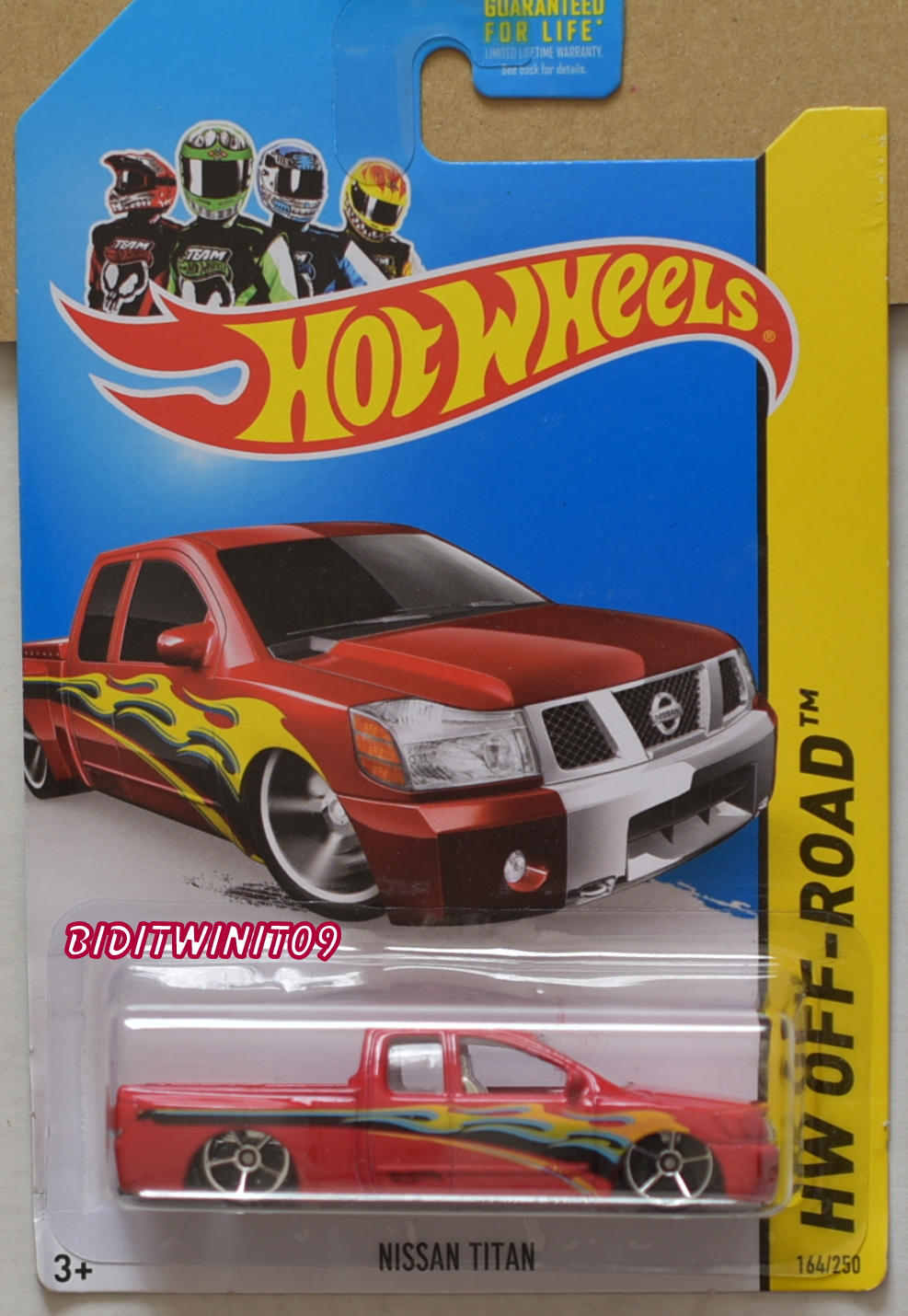 HOT WHEELS 2013 HOT TRUCKS - HW OFF-ROAD NISSAN TITAN KMART RED