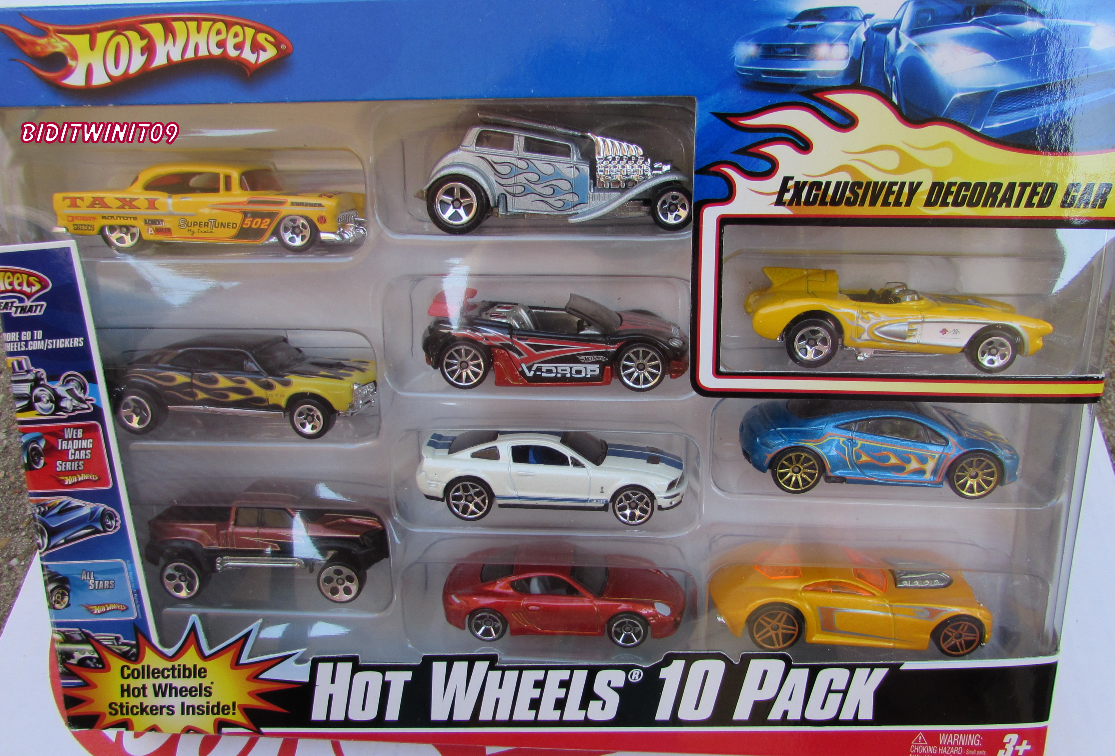 HOT WHEELS 10 CAR PACK SHELBY CORVETTE NISSAN EXCLUSIVE DECORATED CAR E+