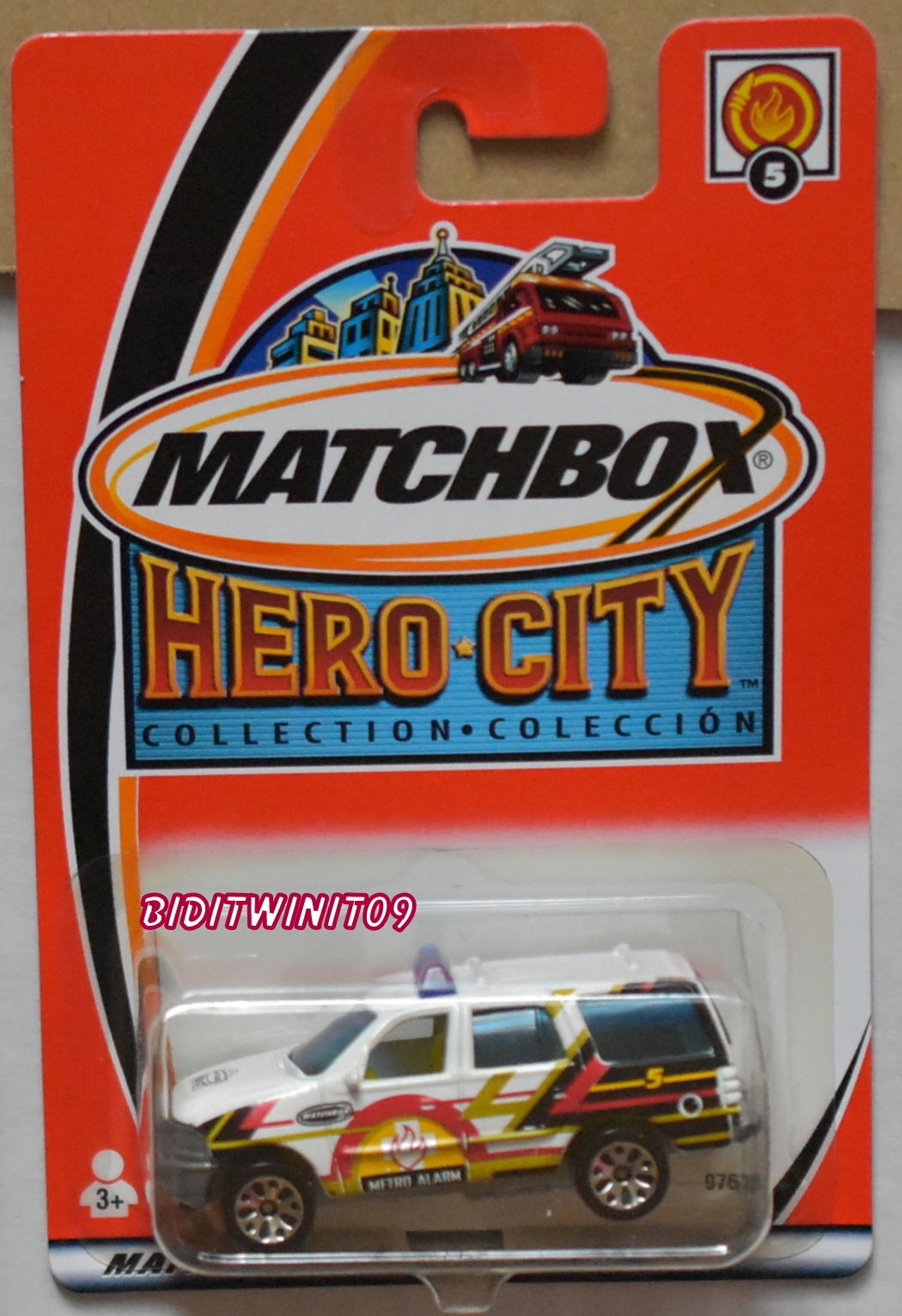MATCHBOX 2002 HERO CITY FORD EXPEDITION