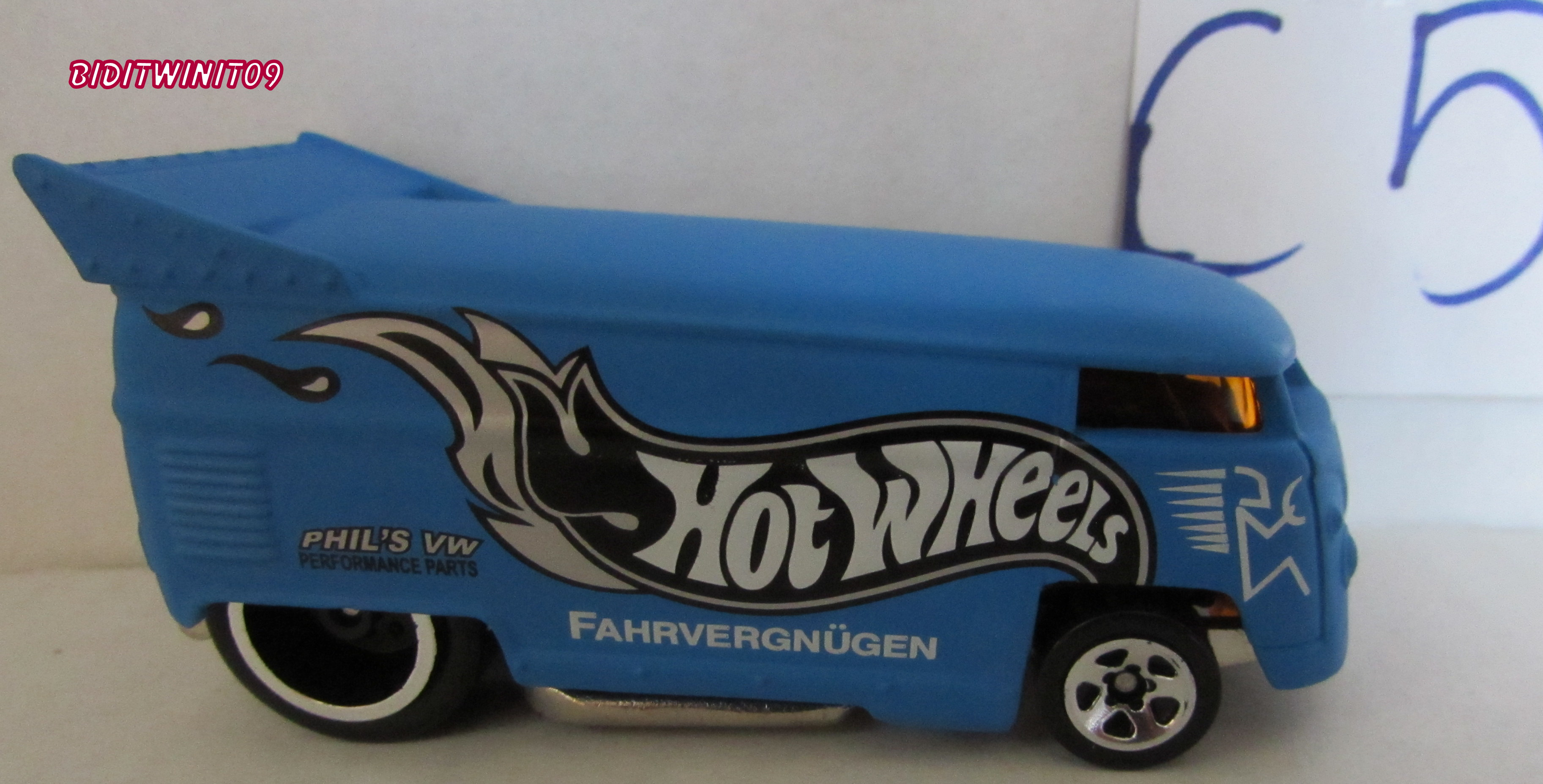HOT WHEELS SINCE 68 40TH ANNIVERSARY SET VW DRAG BUS BLUE LOOSE E+