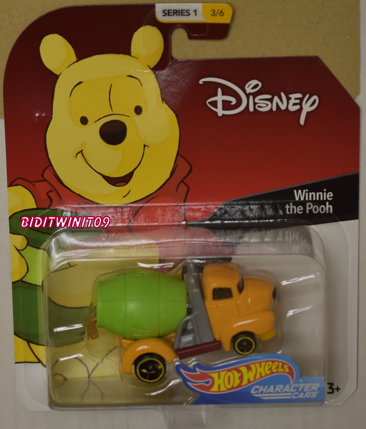 HOT WHEELS DISNEY SERIES 1 WINNIE THE POOH #3/6 CHARACTER CARS
