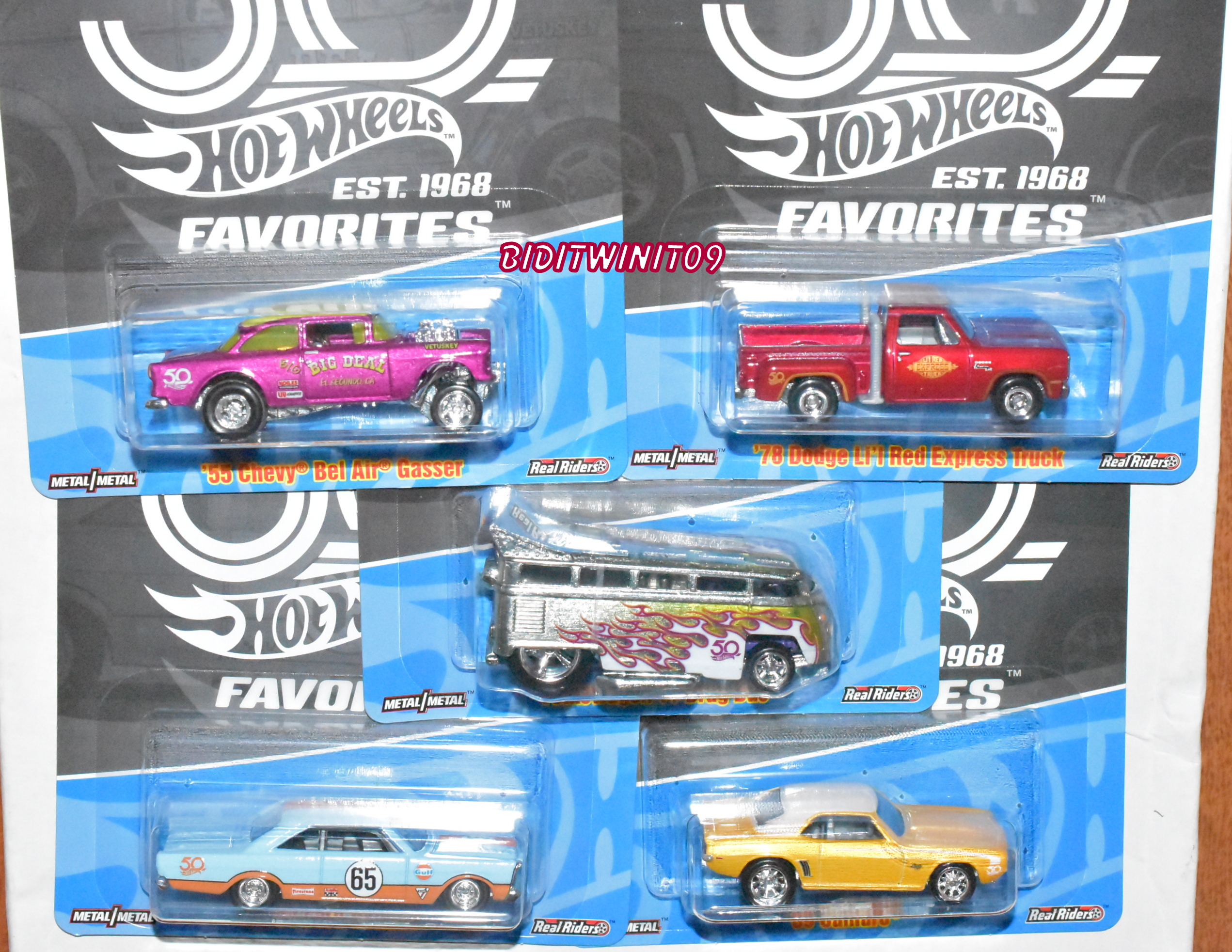 HOT WHEELS 2018 50th FAVORITES SET OF 5 DATSUN FORD CHEVY JAVELIN