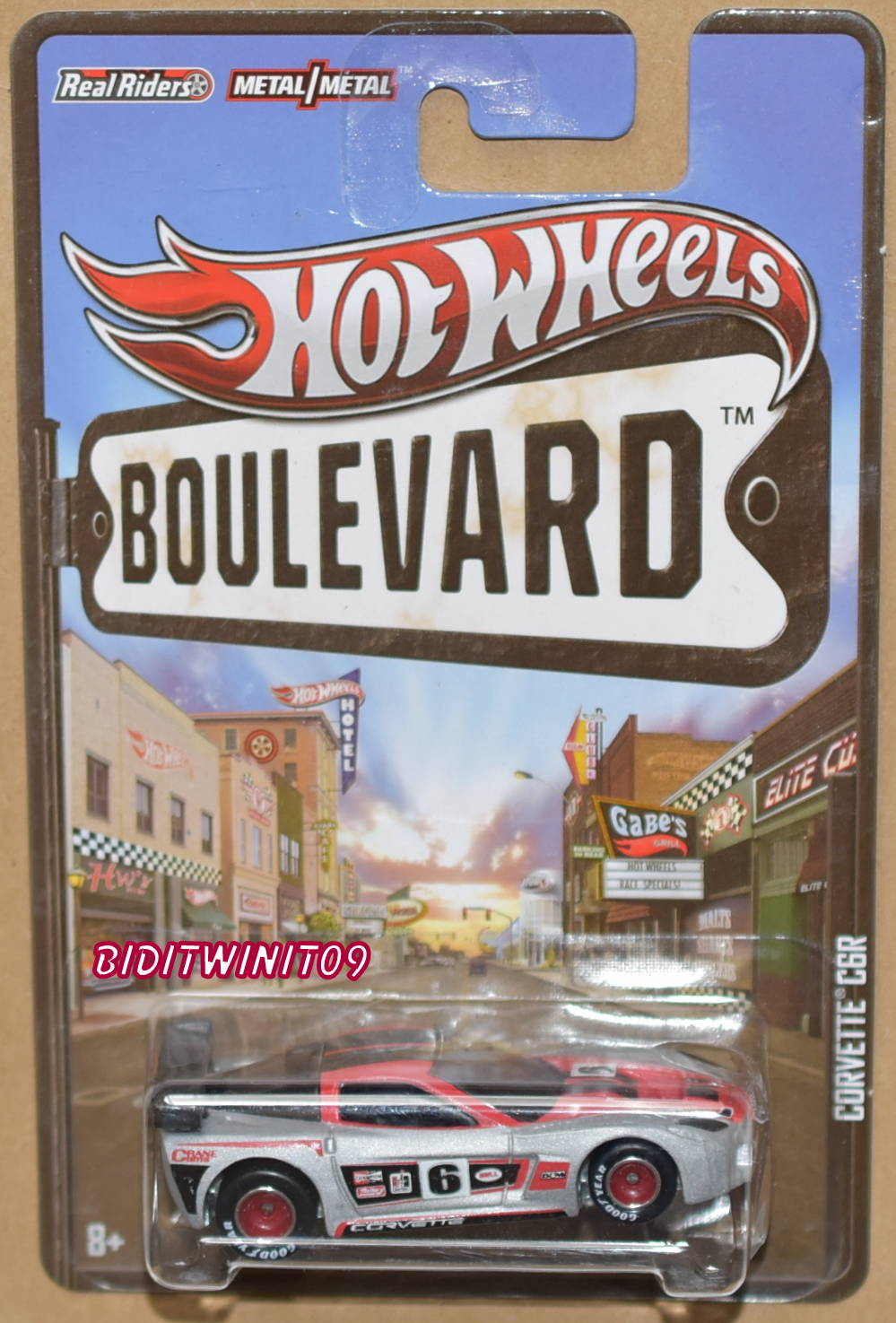 HOT WHEELS BOULEVARD CORVETTE C6R E+
