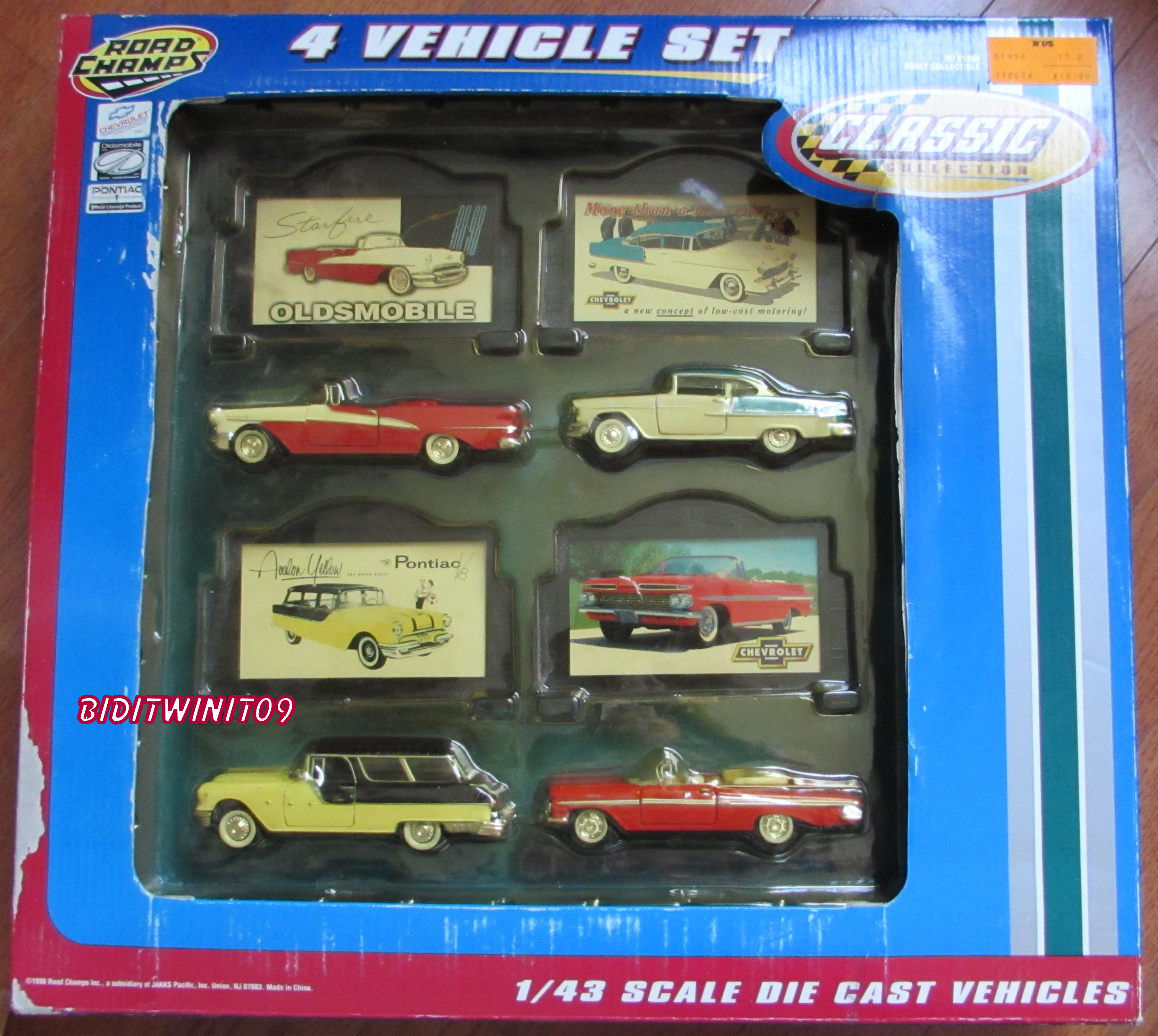 "1/43 ROAD CHAMPS ""CLASSIC COLLECTION"" CHEVROLET PONTIAC NOMAD 4 VEHICLE SET E+"