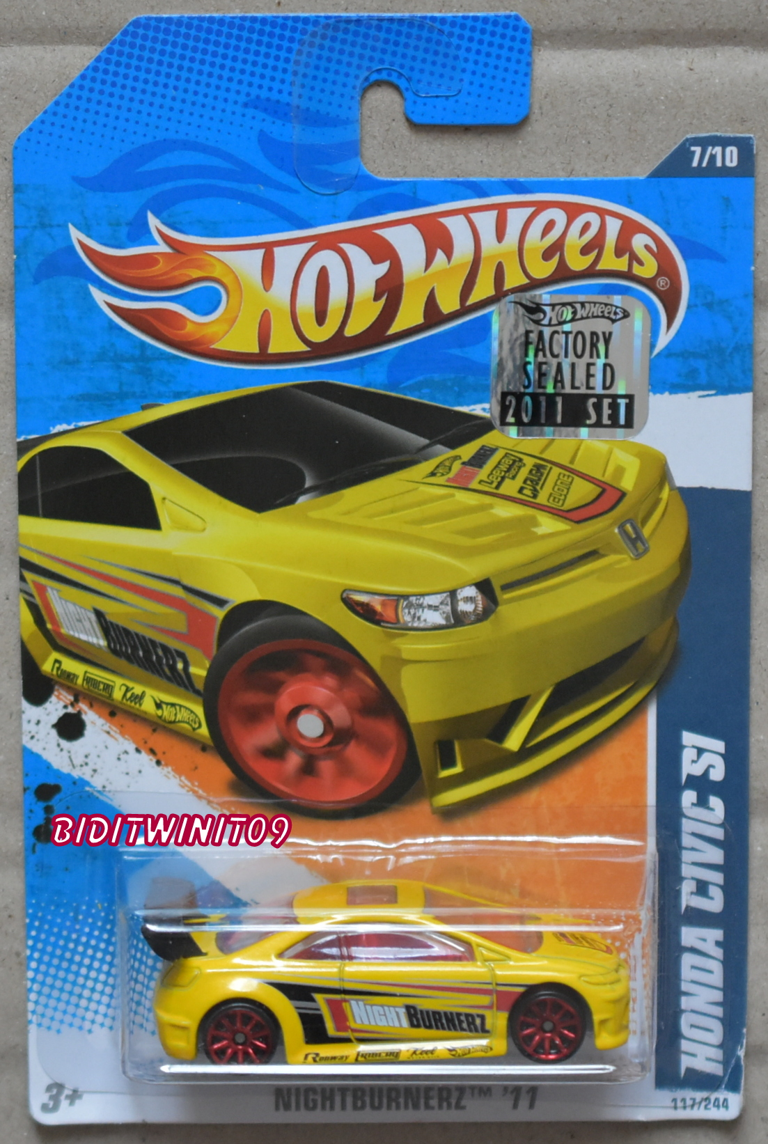 HOT WHEELS 2011 NIGHTBURNERZ HONDA CIVIC SI YELLOW FACTORY SEALED