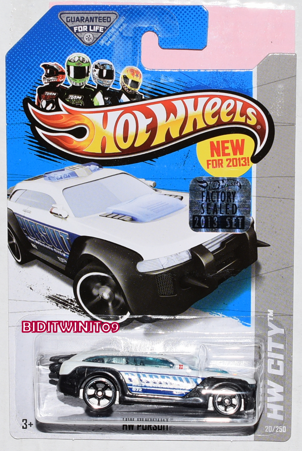 HOT WHEELS 2013 HW CITY HW PURSUIT FACTORY SEALED