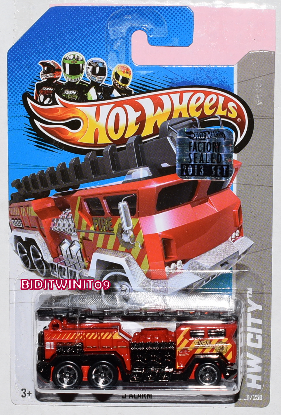 HOT WHEELS 2013 HW CITY 5 ALARM RED FACTORY SEALED