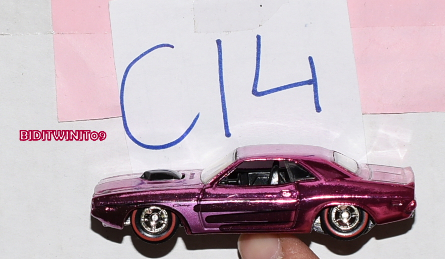 HOT WHEELS CLASSICS SERIES 5 '70 HEMI CHALLENGER CHASE LOOSE E+