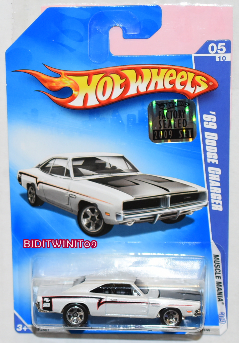 HOT WHEELS 2009 MUSCLE MANIA '69 DODGE CHARGER #05/10 FACTORY SEALED