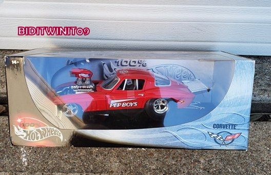 100% HOT WHEELS 1966 CORVETTE PEP BOYS PRO STOCK 1:18 SCALE E+