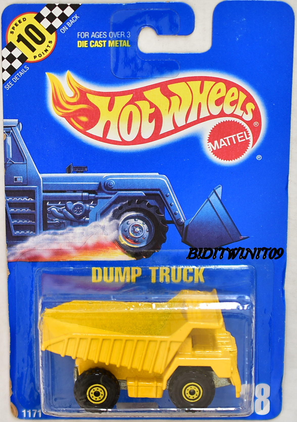 HOT WHEELS 1990 BLUE CARD DUMP TRUCK #18 W/ METAL DUMP E+