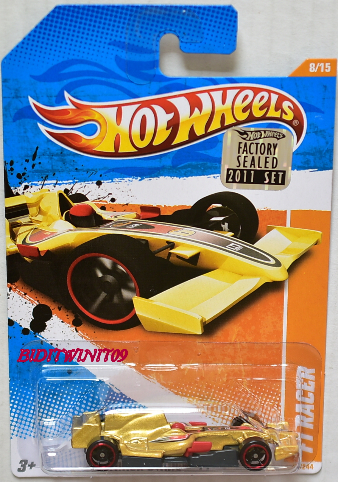 HOT WHEELS 2011 TRACK STARS F1 RACER #8/15 FACTORY SEALED