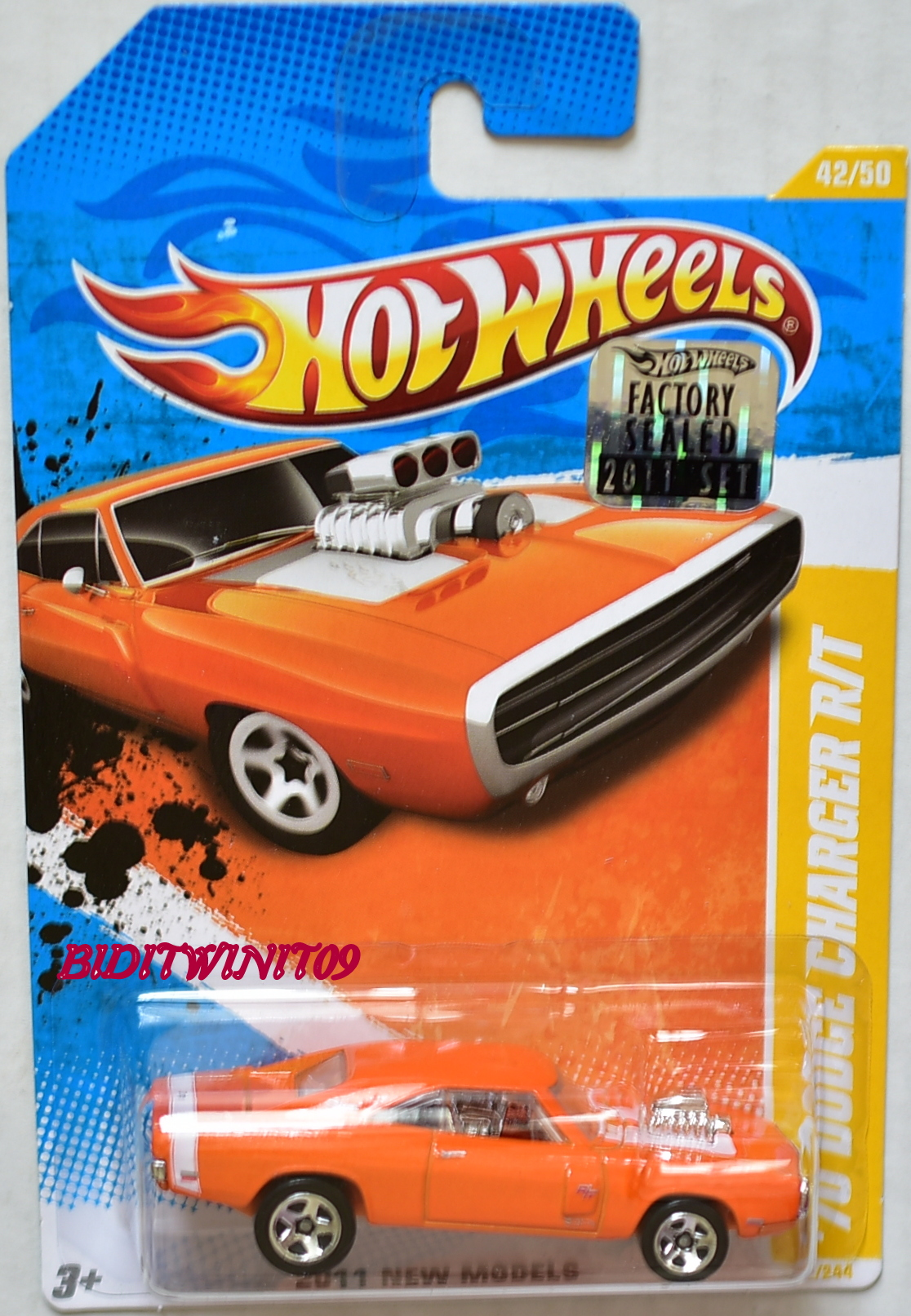 HOT WHEELS 2011 NEW MODELS '70 DODGE CHARGER R/T #42/50 ORANGE FACTORY SEALED