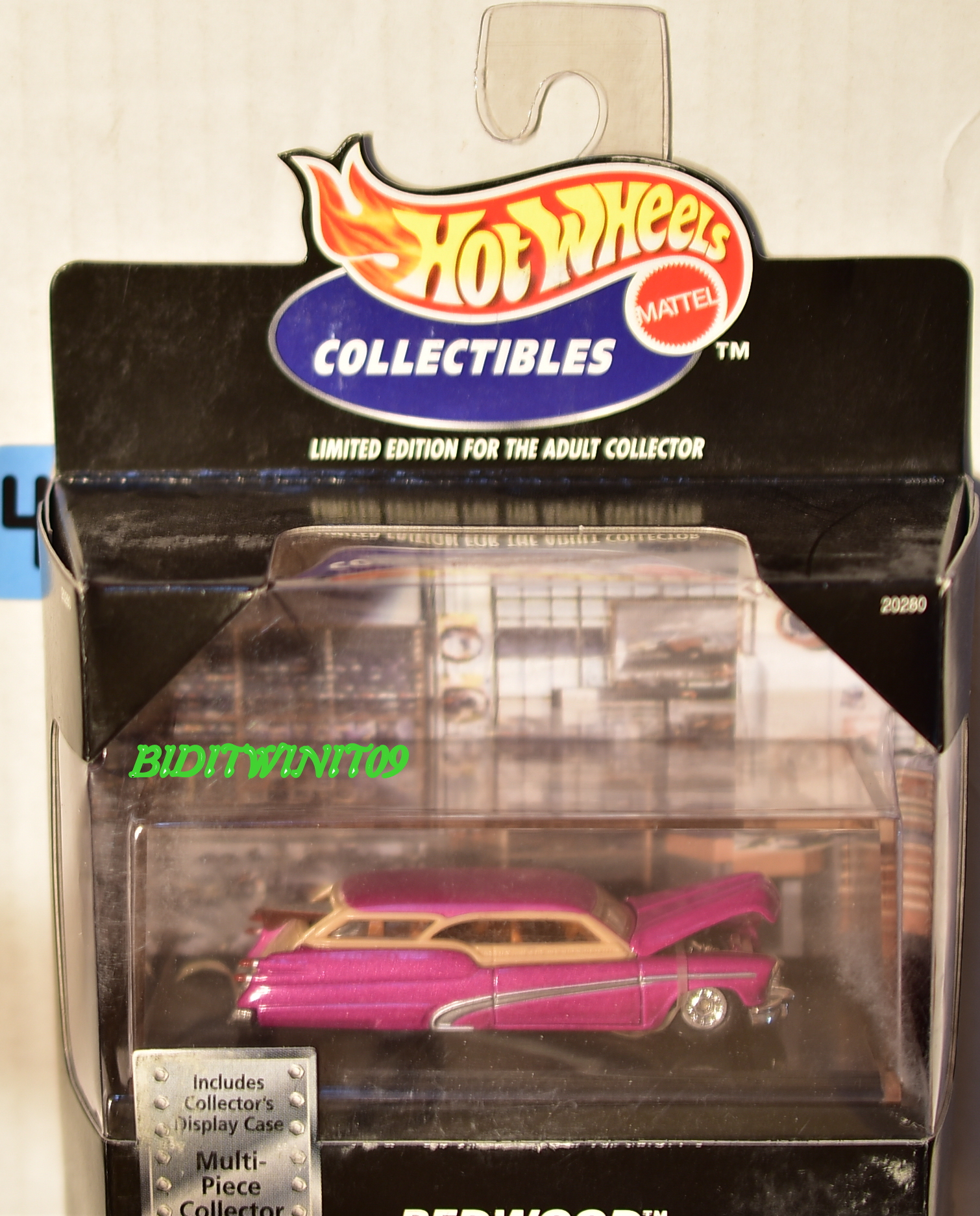 HOT WHEELS 1998 COLLECTIBLE REDWOOD CUSTOM '50 BUICK W/ DISPLAY CASE