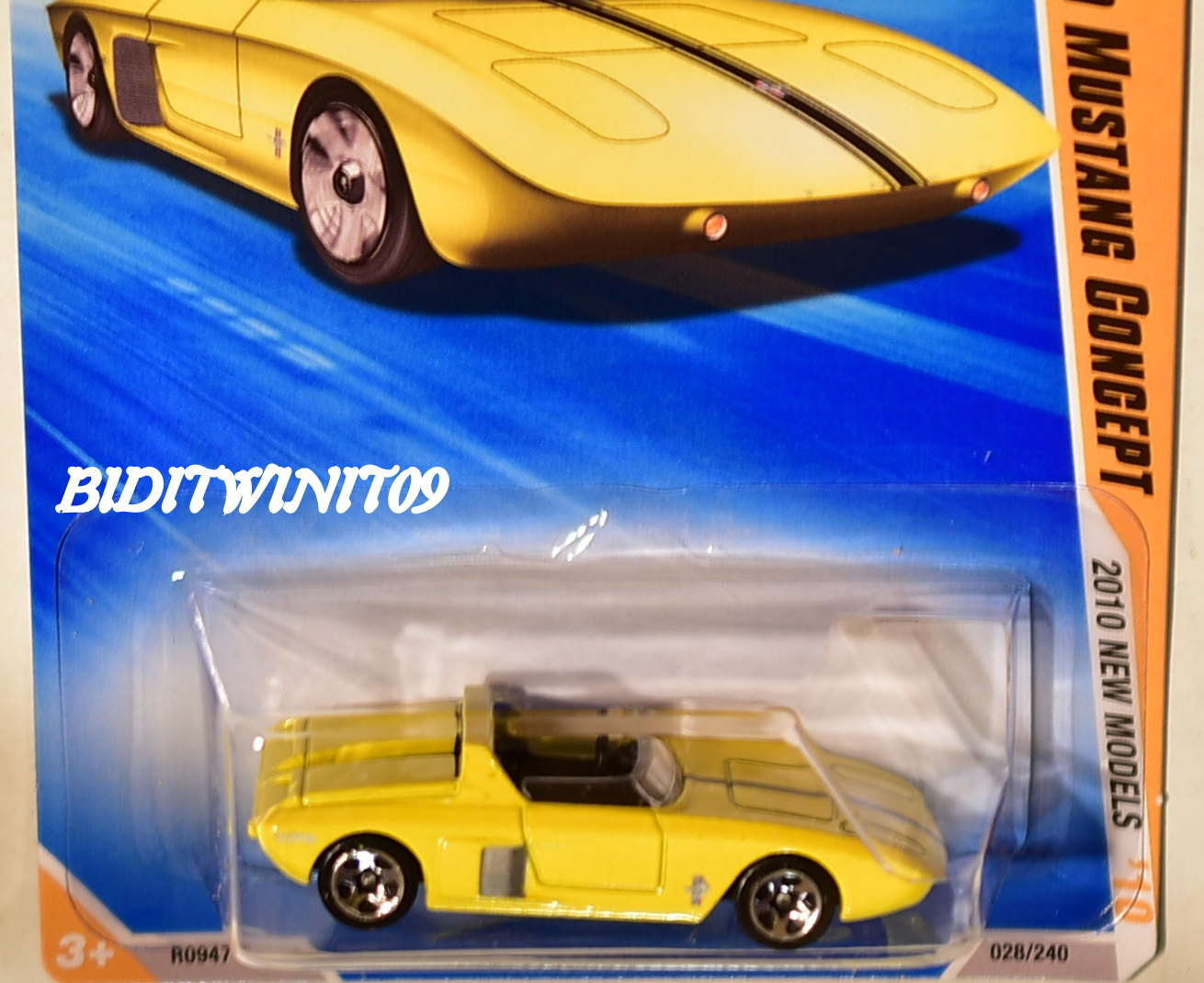 HOT WHEELS 2010 NEW MODELS '62 FORD MUSTANG CONCEPT YELLOW FACTORY SEALED E+