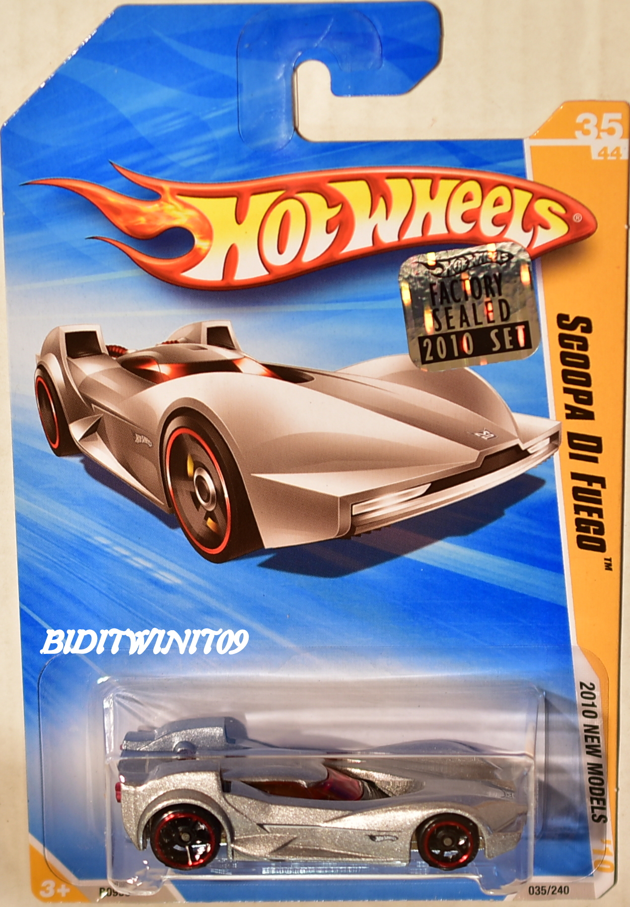 HOT WHEELS 2010 NEW MODELS SCOOPA DI FUEGO SILVER FACTORY SEALED E+