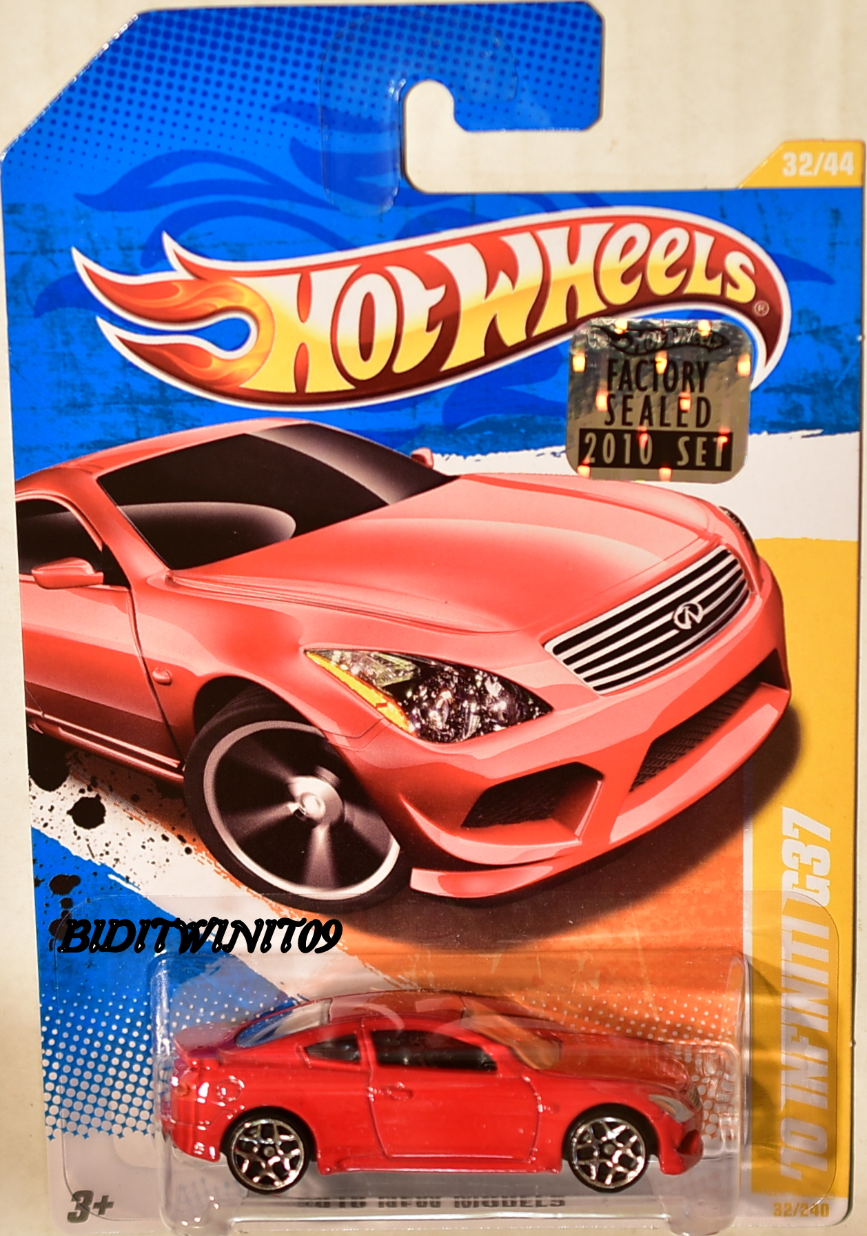 HOT WHEELS 2010 NEW MODELS '10 INFINITI G37 #32/44 RED FACTORY SEALED E+