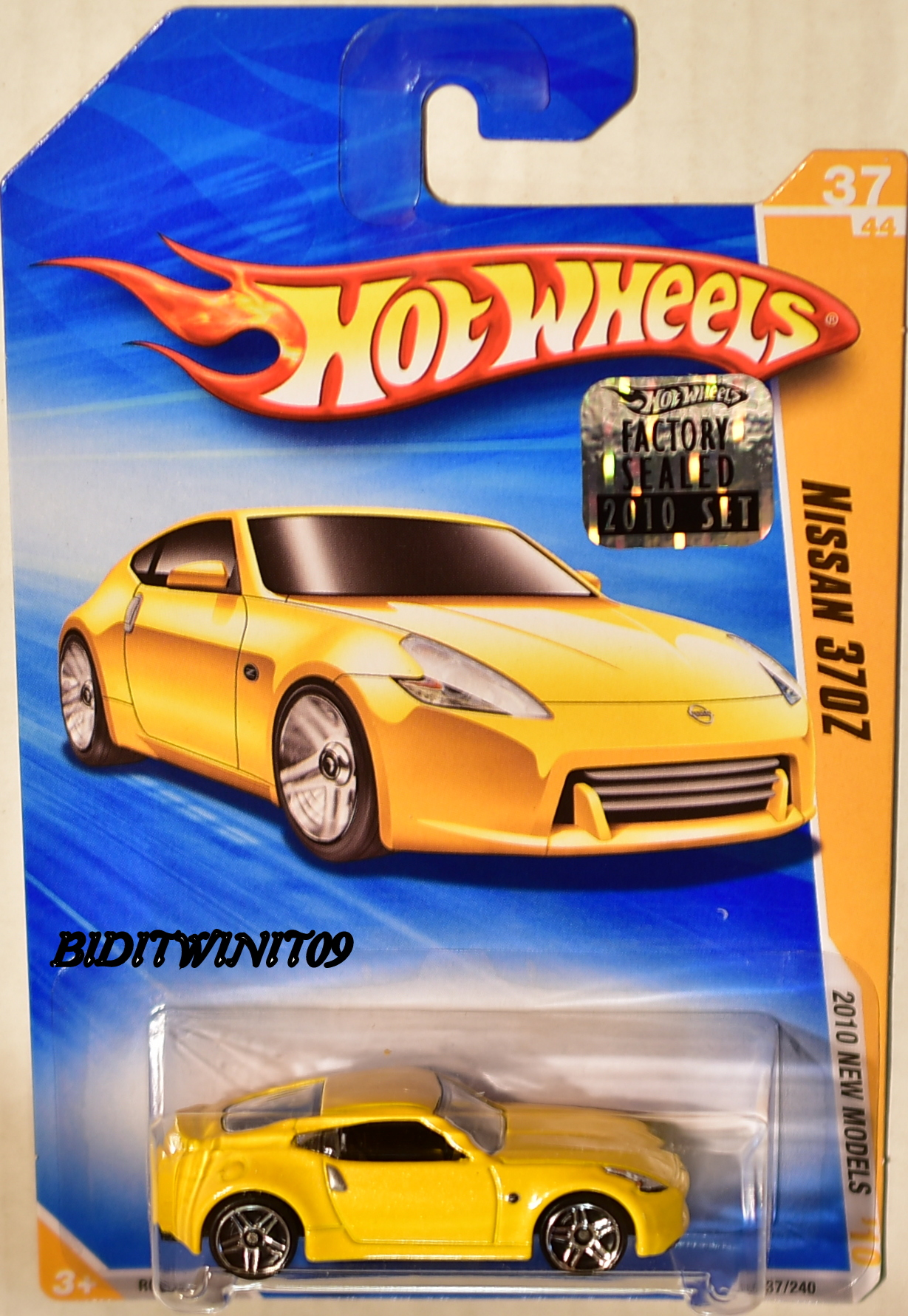 HOT WHEELS 2010 NEW MODELS NISSAN 370Z YELLOW FACTORY SEALED E+