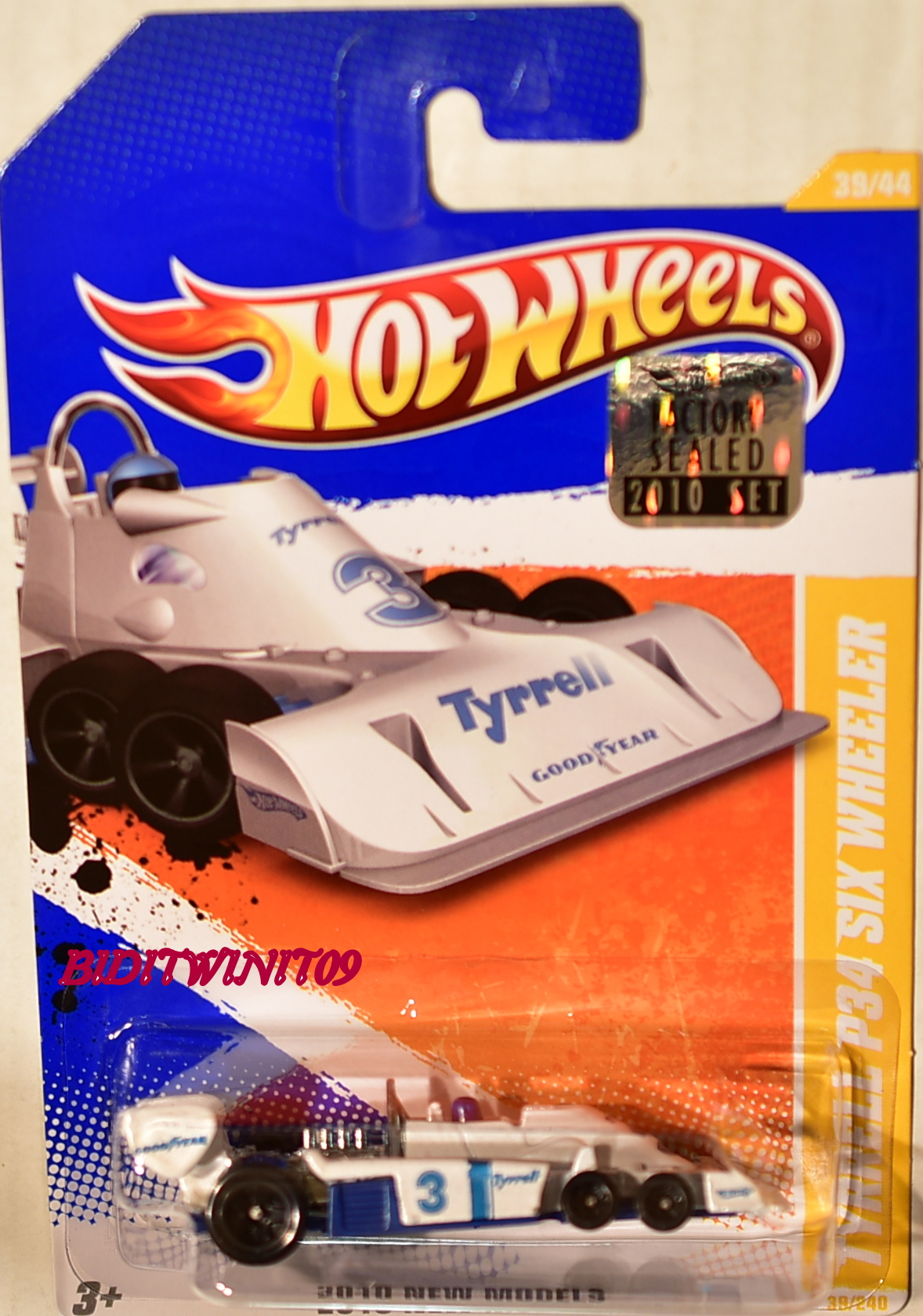 HOT WHEELS 2010 NEW MODELS TYRRELL P34 SIX WHEELER WHITE FACTORY SEALED E+