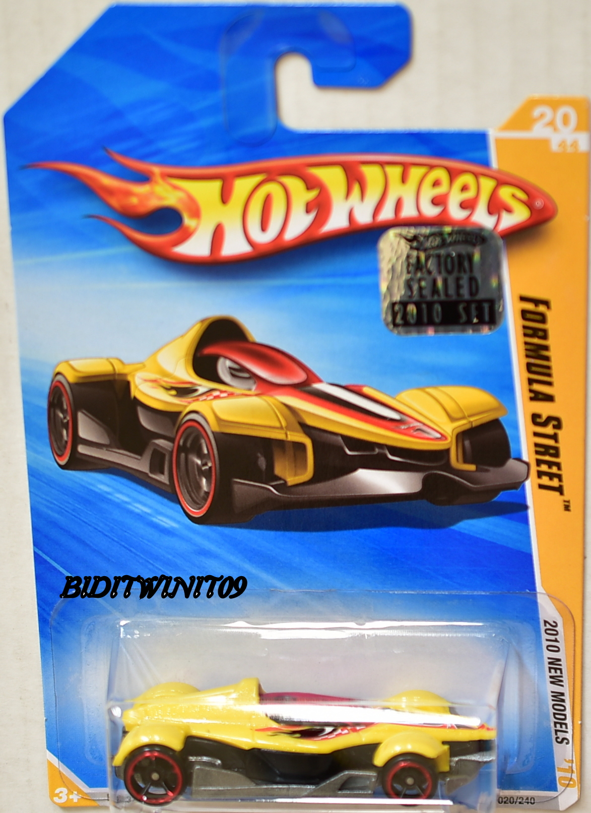 HOT WHEELS 2010 NEW MODELS FORMULA STREET YELLOW FACTORY SEALED