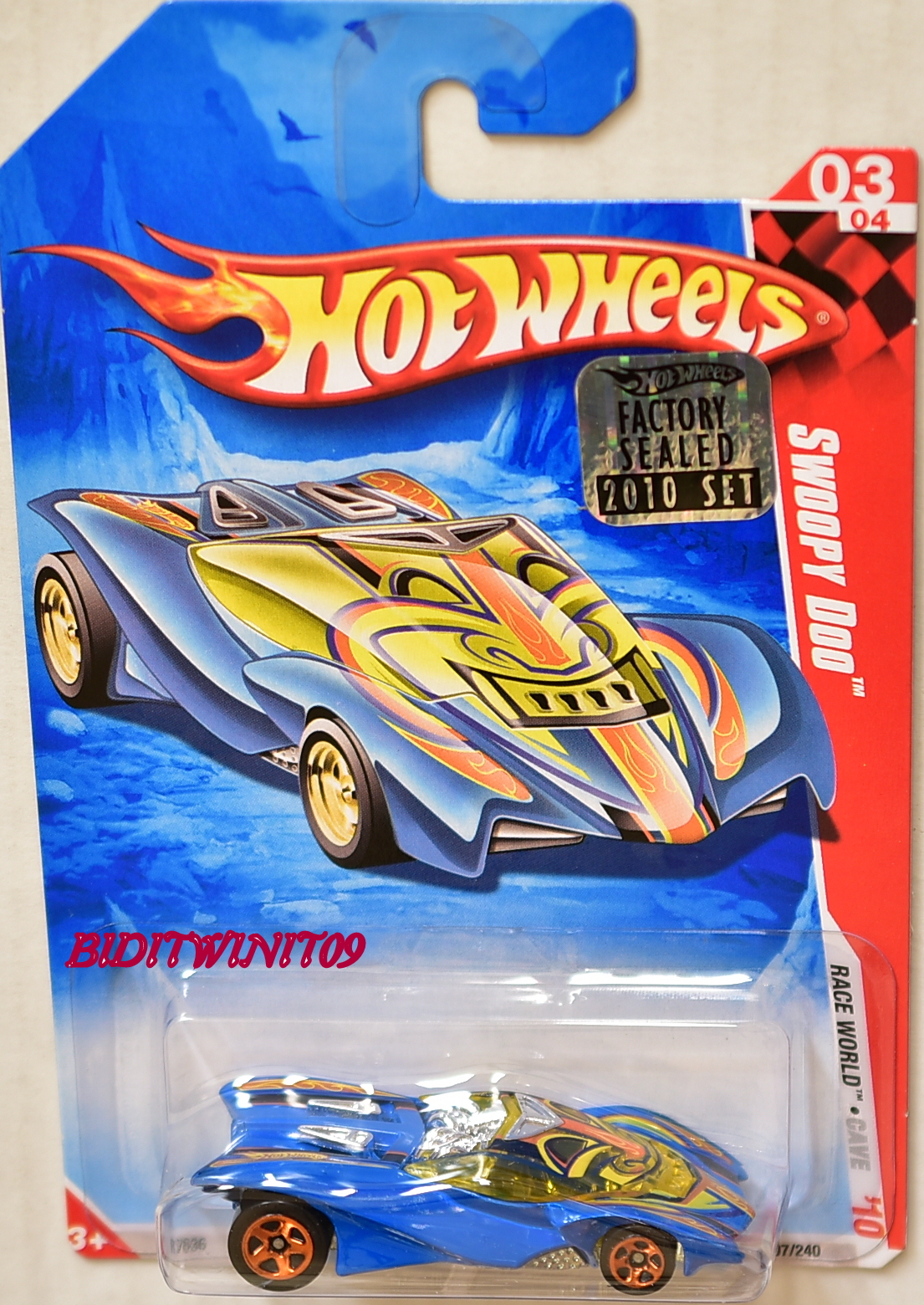 HOT WHEELS 2010 RACE WORLD SWOOPY DOO #03/04 FACTORY SEALED E+