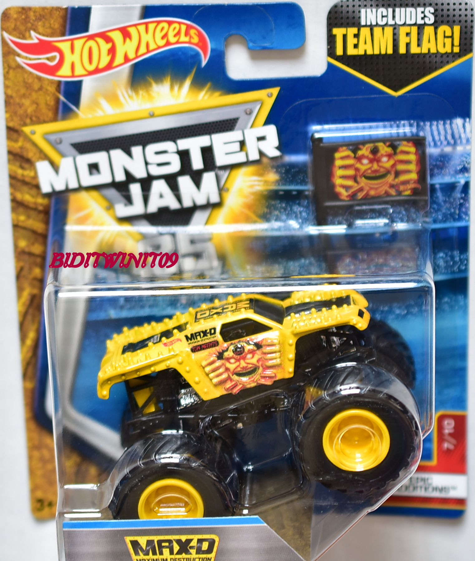 HOT WHEELS 2017 MONSTER JAM INCLUDES TEAM FLAG MAX-D EPIC ADDITIONS 7/10 YELLOW