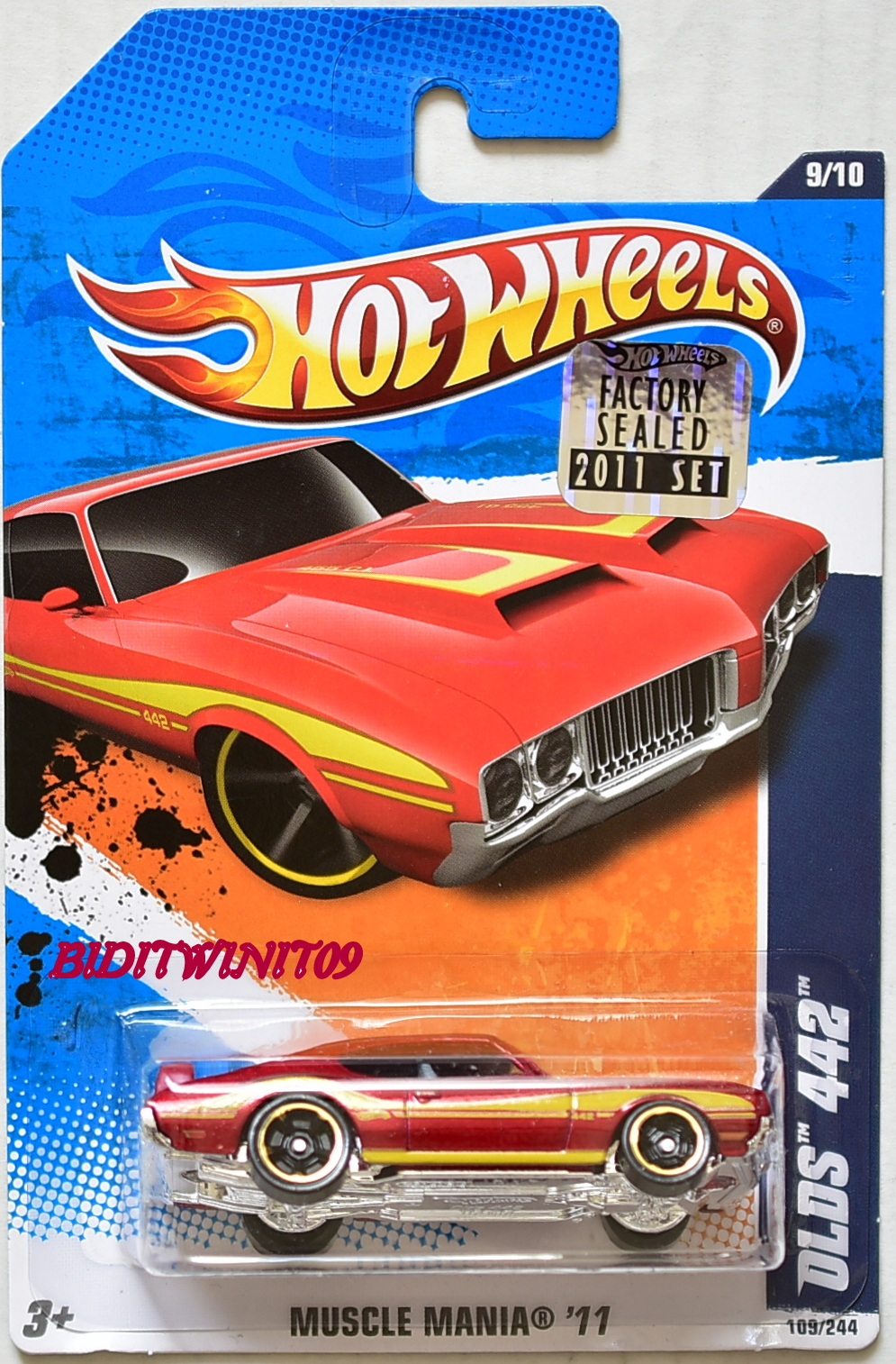 HOT WHEELS 2011 MUSCLE MANIA OLDS 442 #9/10 RED FACTORY SEALED