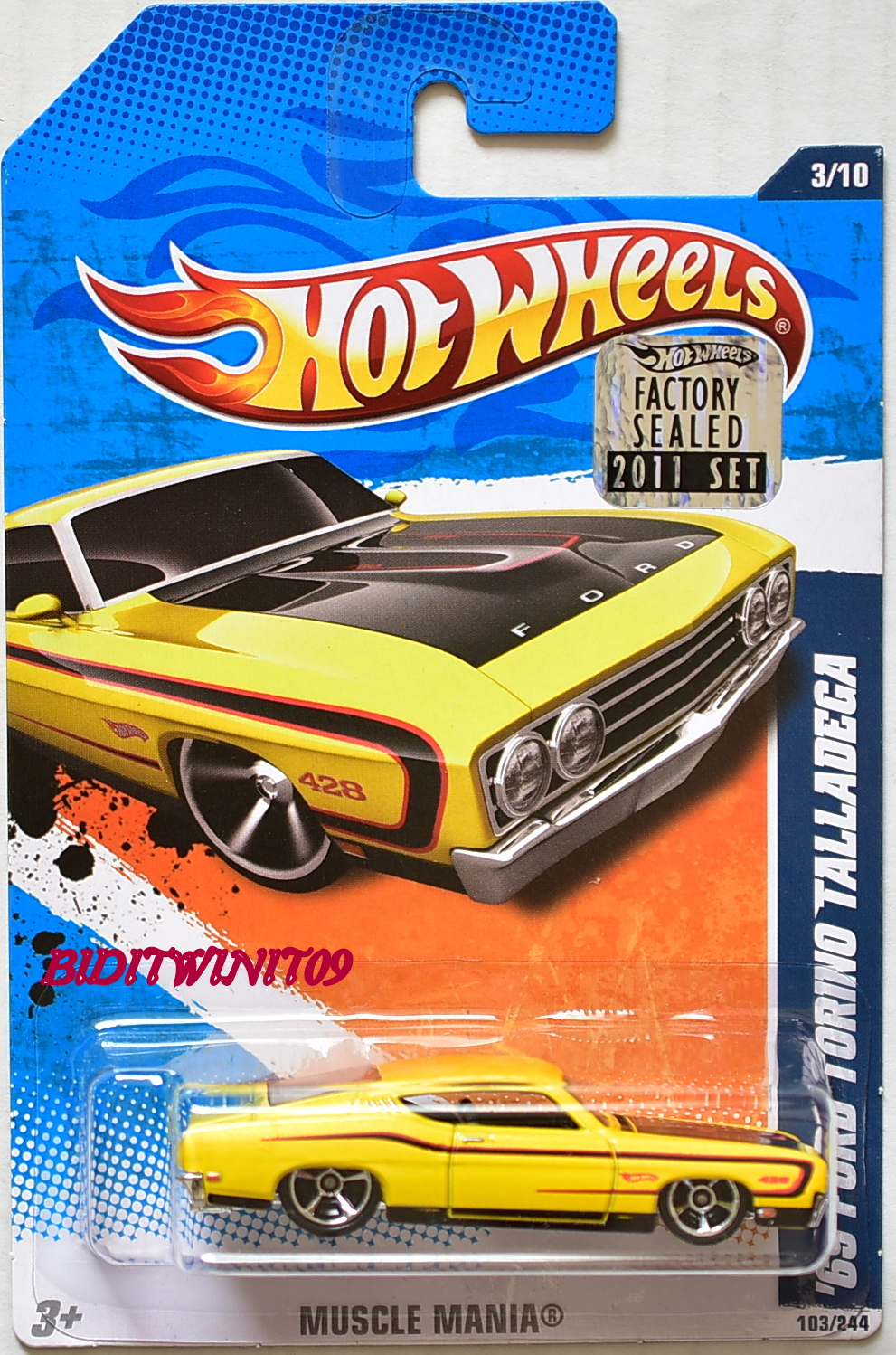 HOT WHEELS 2011 MUSCLE MANIA '69 FORD TORINO TALLADEGA YELLOW FACTORY SEALED