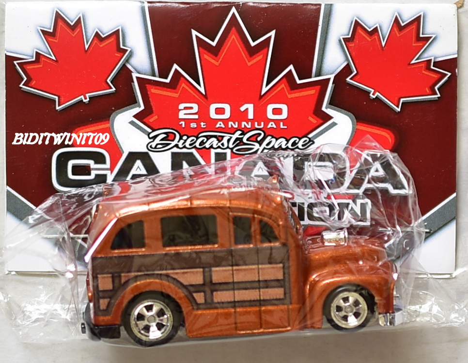 HOT WHEELS 2010 DIECAST SPACE CANADA CONVENTION SCHOOL BUSTED E+