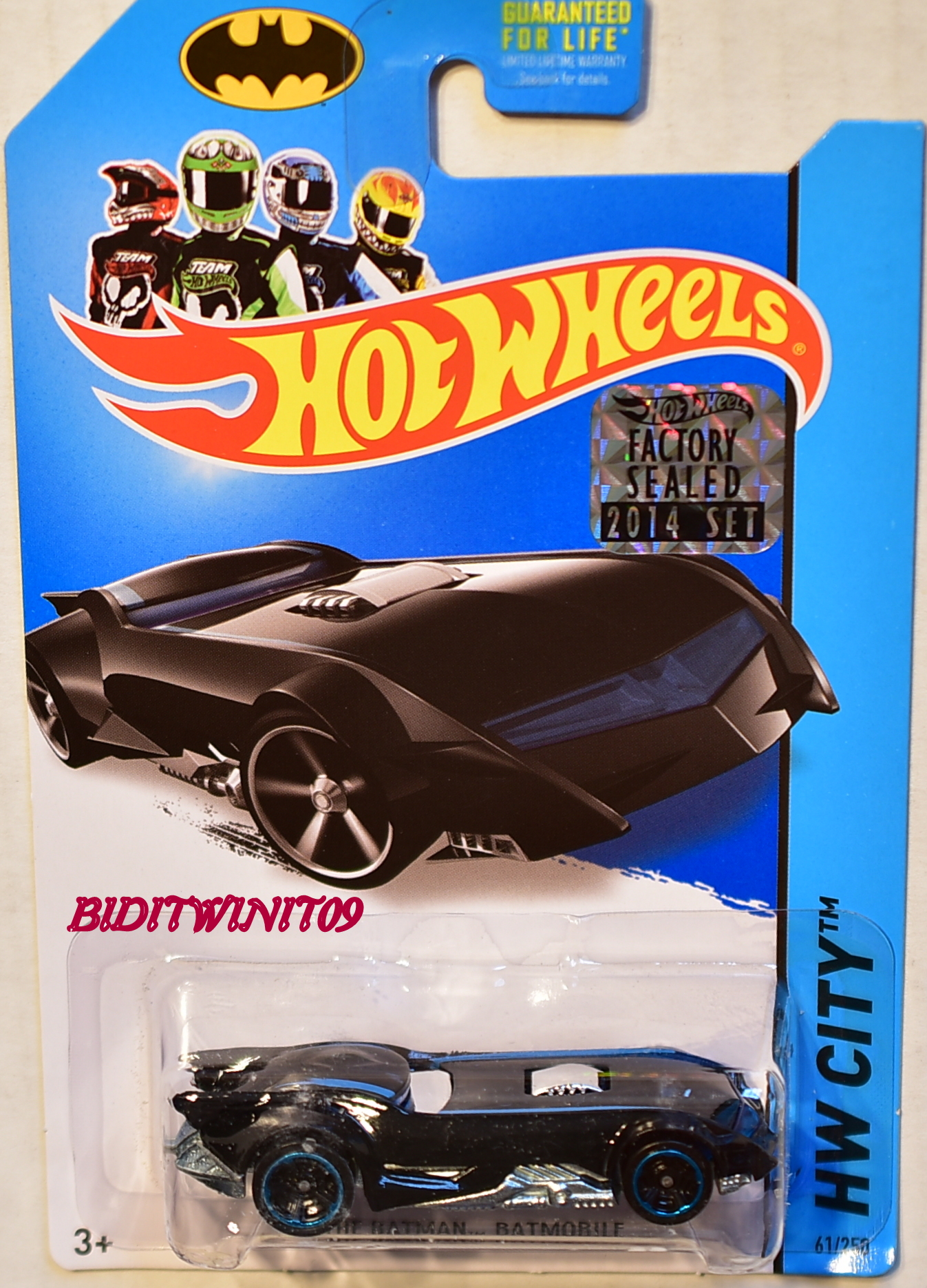 HOT WHEELS 2014 HW CITY THE BATMAN BATMOBILE FACTORY SEALED