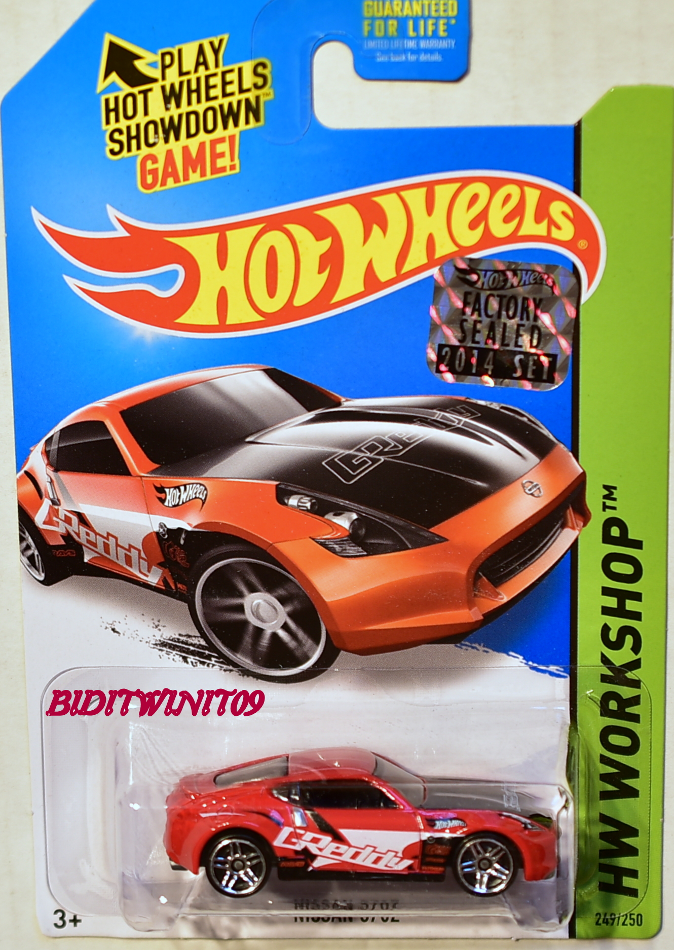 HOT WHEELS 2014 HW WORKSHOP NISSAN 370Z FACTORY SEALED RED